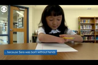 Girl Born Without Hands Won National Handwriting Competition Because Nothing Can Stop Her